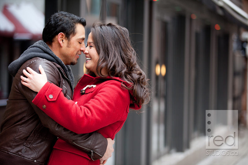 Engagement-Shoot-Winter-Toronto-Humber-Union-Station-Yorkville-05